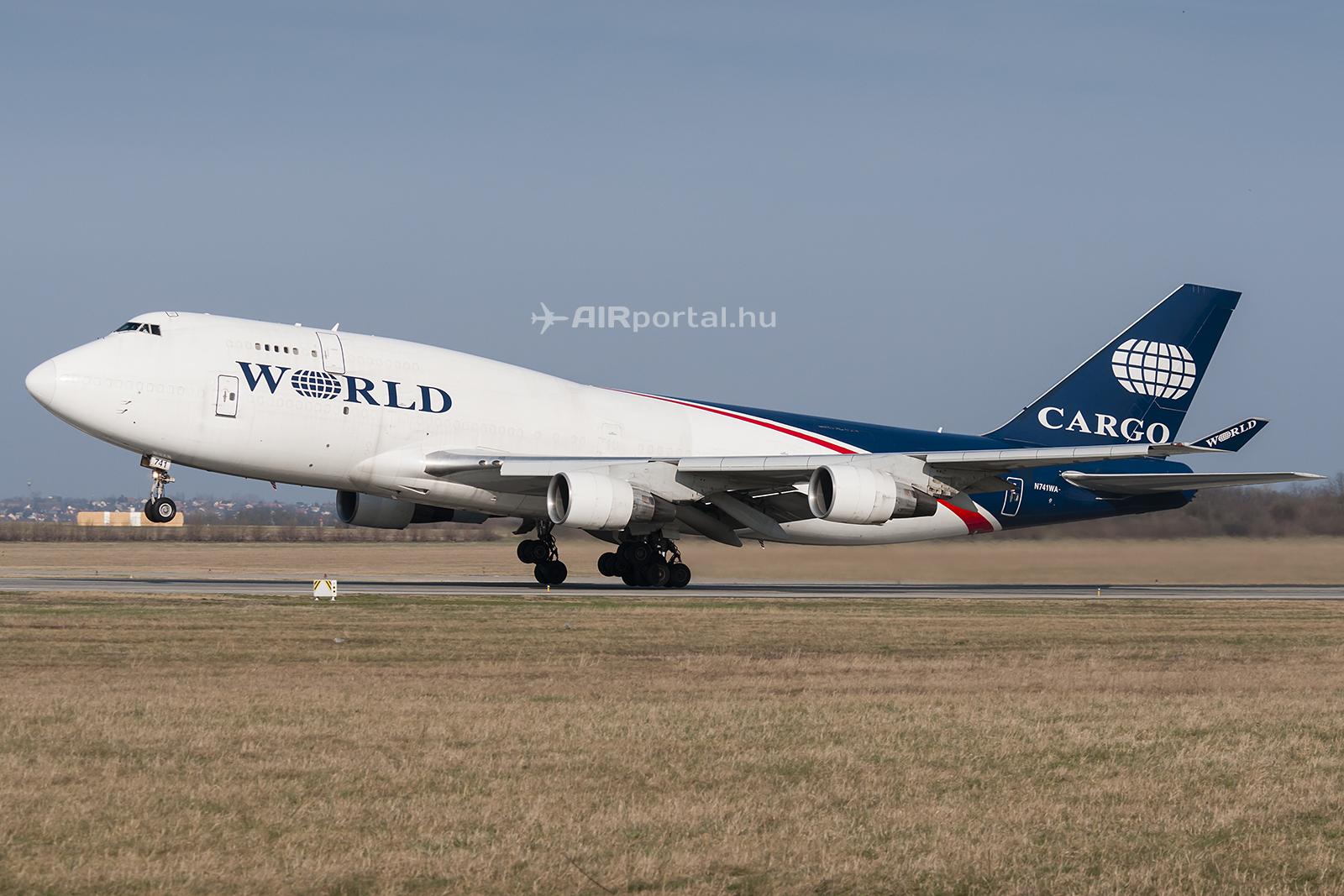 A World Airways Boeing 747-400F repülőgépe Budapesten. ( Fotók: Bodorics Tamás - AIRportal.hu)   © AIRportal.hu