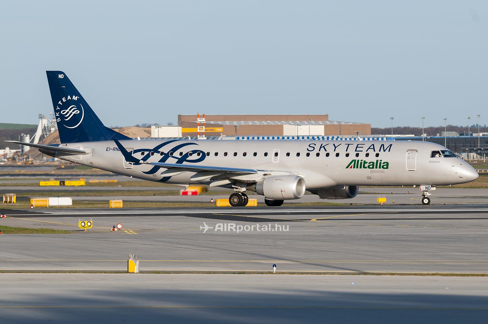 Vajon mikor sikerül visszahúzni a szakadékból a SkyTeam-tag légitársaságot? (Fotó: Kovács Gábor - AIRportal.hu) | © AIRportal.hu