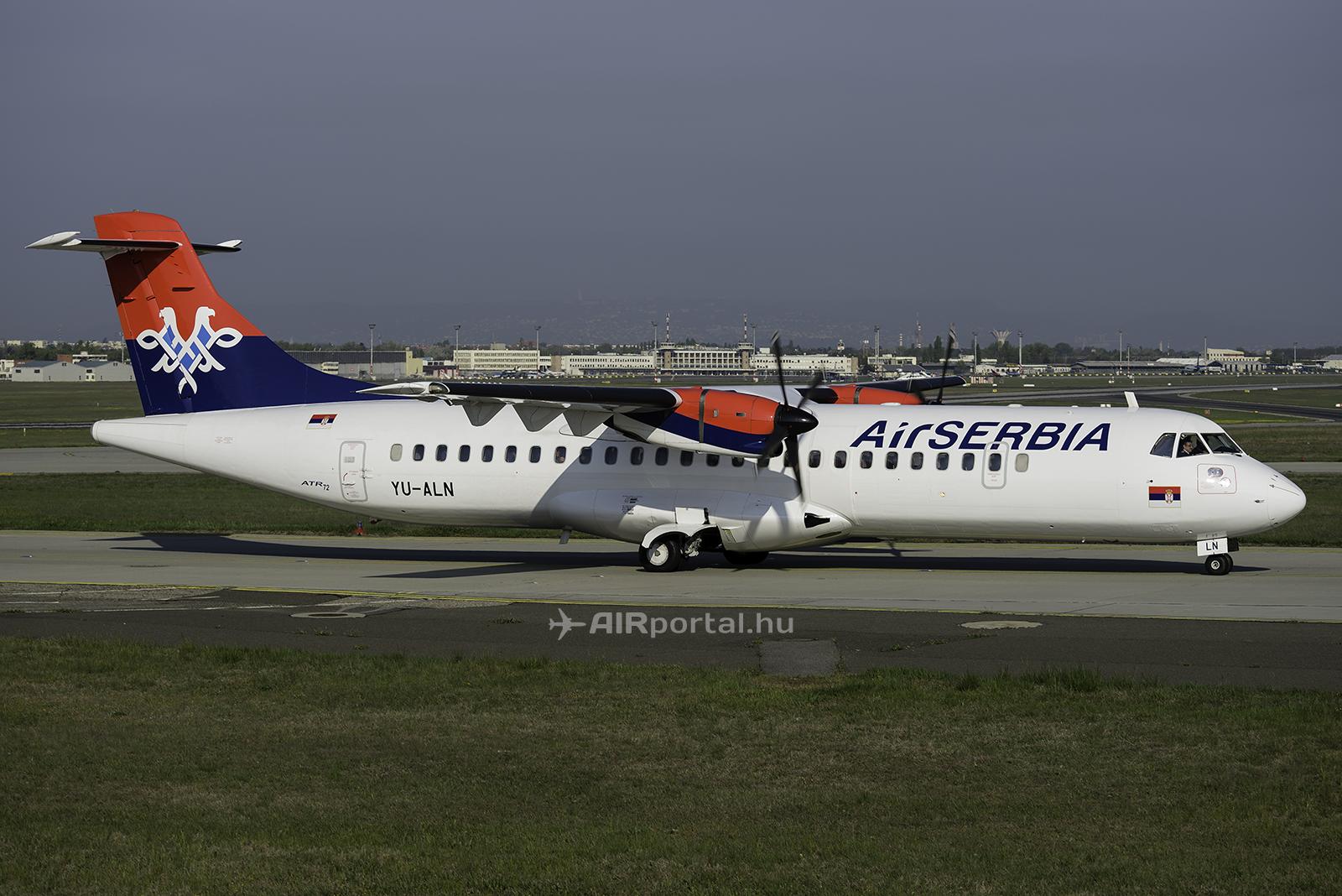Az Air Serbia ATR 72-es repülőgépe a Liszt Ferenc repülőtéren. (Fotó: Bodorics Tamás - AIRportal.hu) | © AIRportal.hu
