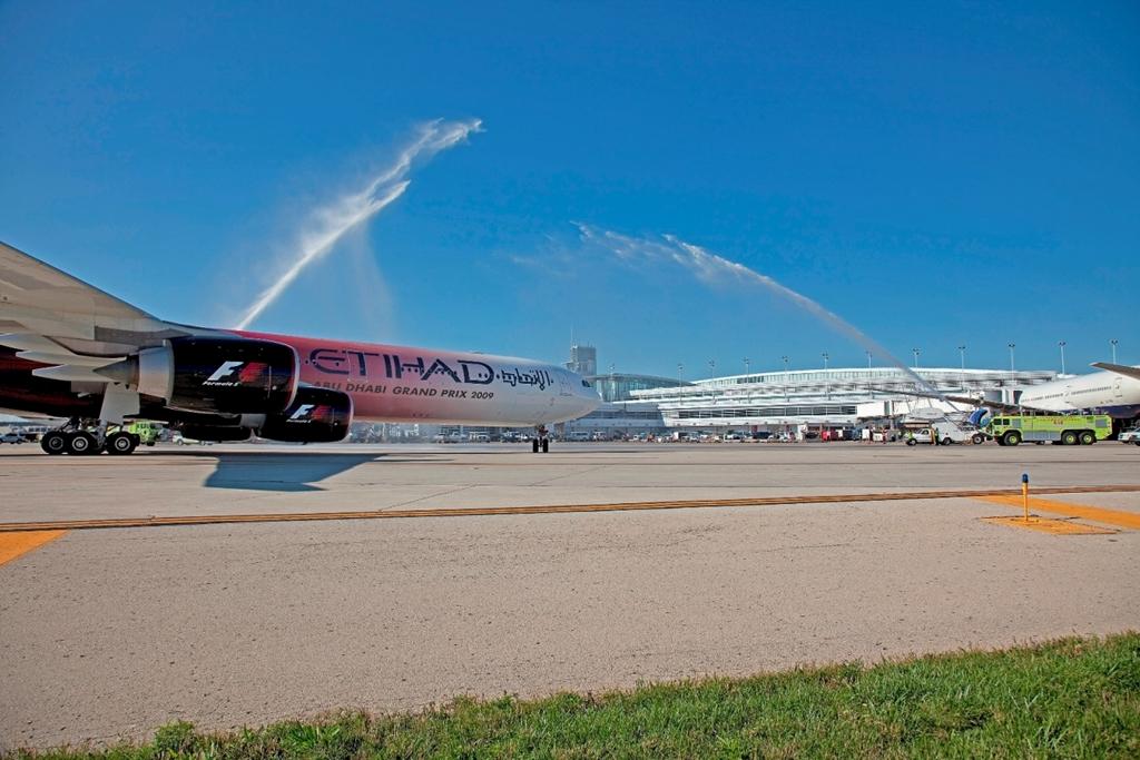 Az Etihad volt az első: a chicagói nyitójárat köszöntése 2009 szeptemberében. (Fotó: Etihad Airways) | © AIRportal.hu