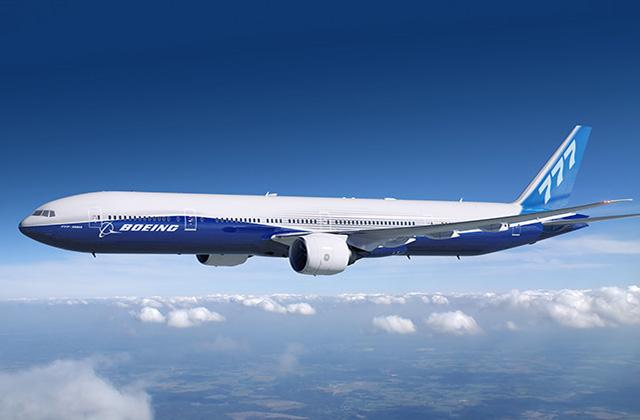 Boeing 777-300ER gyári színekben. (Fotó: Boeing Company) | © AIRportal.hu