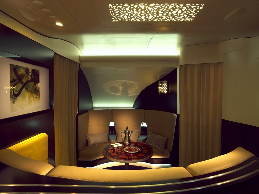 A Lobby az A380-as fedélzetén. (Forrás: Etihad Airways)   © AIRportal.hu