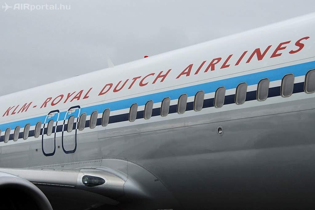 A géptörzs, a légitársasági felirattal. (Fotó: Csemniczky Kristóf - AIRportal.hu) | © AIRportal.hu