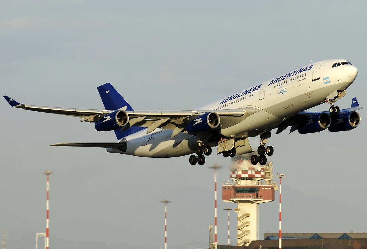 Felszállás Rómából, közvetlenül Buenos Airesbe. (Fotó: Aldo  Bidini - Wikimedia) | © AIRportal.hu