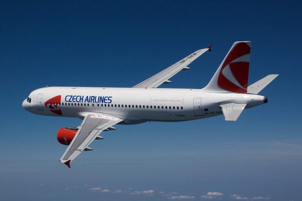 Czech Airlines Airbus A320-as repülés közben. (Fotó: CSA)   © AIRportal.hu