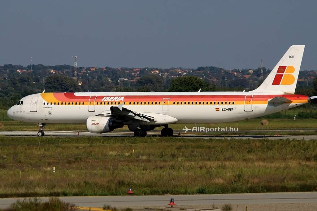 Indulás vissza Valladolidba, ugyancsak 31R futópályáról. (Fotó: Csemniczky Kristóf - AIRportal.hu) | © AIRportal.hu