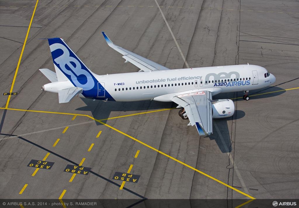 A földet értést követően, a levegőből fotózva 1. (Fotó: Airbus) | © AIRportal.hu