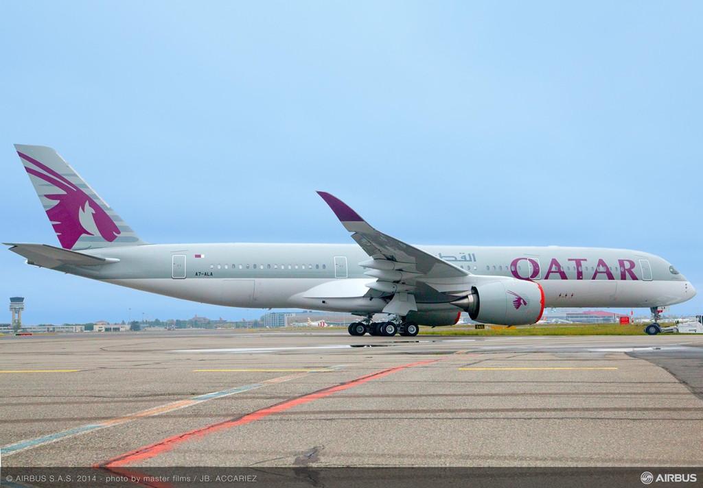 A legfrissebb fotó az első sorozatgyártott A350-900XWB-ről, amely a Qatar Airwaysé lesz. (Fotó: Airbus) | © AIRportal.hu