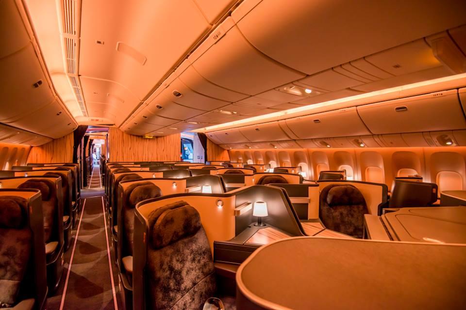 A Boeing 777-esek új business osztálya, ággyá alakítható ülésekkel. (Fotó: China Airlines) | © AIRportal.hu