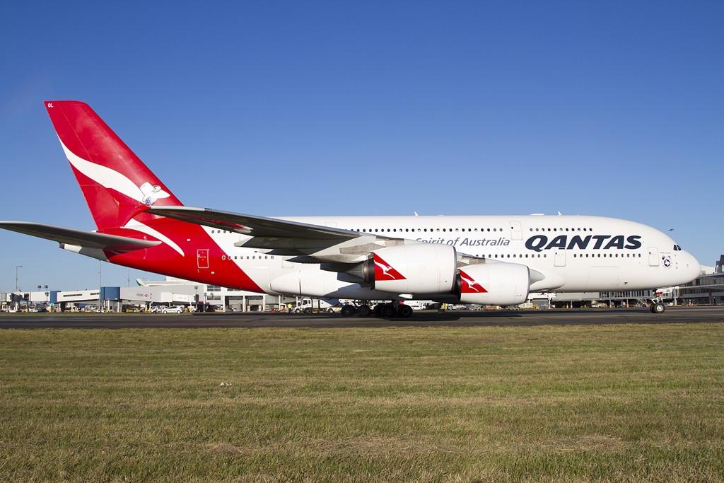A sydney-i visszaérkezés. Az első járatot a VH-OQL lajstromú, 2011. december 15-én átvett A380-800-as teljesítette. (Fotó: Qantas) | © AIRportal.hu