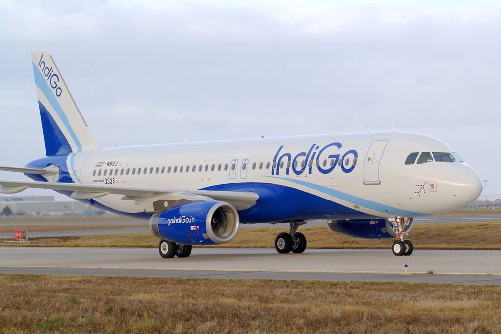 Az IndiGo egy-osztályos elrendezésben, összesen 180 üléses kialakításban üzemelteti meglévő A320ceo típusait. (Fotó: Airbus) | © AIRportal.hu