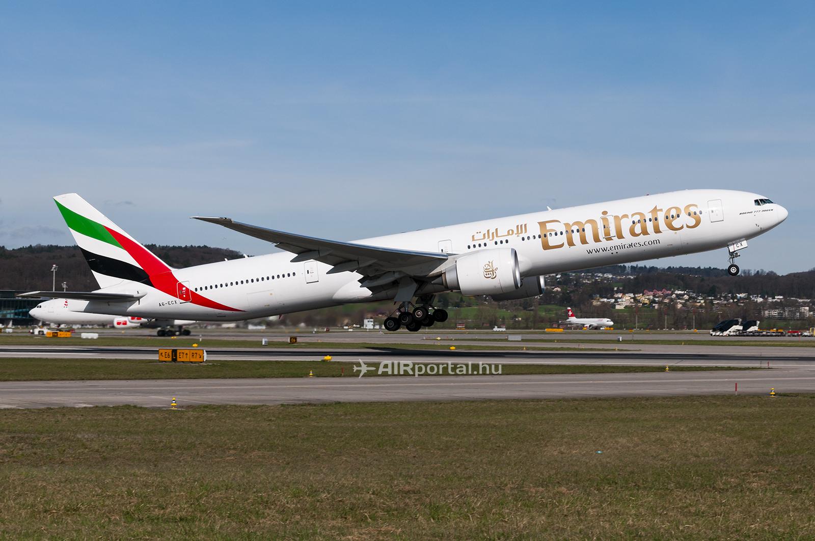 A magyar repülésrajongók nagy örömére a járat sikeressége esetén a Boeing 777-es típus is rendszeres vendég lehet Ferihegyen. (Fotó: Bodorics Tamás - AIRportal.hu) | © AIRportal.hu