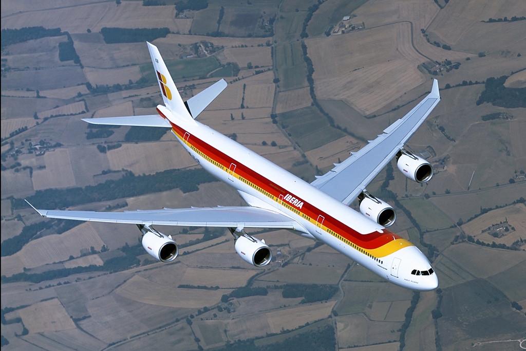 Az egyik legfontosabb Airbus-ügyél az Iberia, amely kizárólag az európai gyártó típusaiból álló flottával rendelkezik. A képen egy A340-600-as látható. (Fotó: Airbus) | © AIRportal.hu