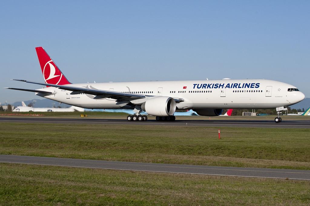 A Turkish Airlines jelenlegi zászlóshajója, a Boeing 777-300ER, amelyből 15 darab működik a flottában. (Fotó: Boeing Company) | © AIRportal.hu