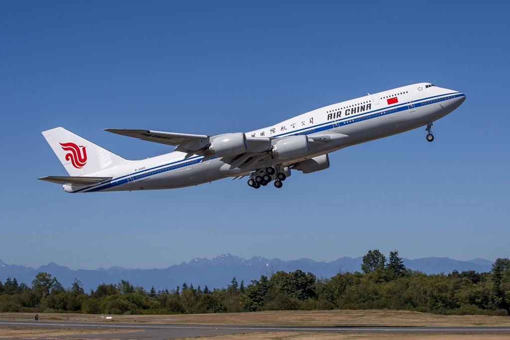 Az Air China első Boeing 747-8-asának felszállása a Boeing gyárból szeptemberben. (Fotó: Boeing Company)   © AIRportal.hu