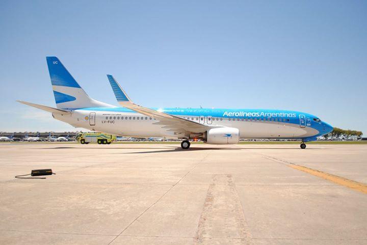 A flotta legújabb Boeing 737-800-asa, LV-FUC. Az argentin légitársaságnak immáron 22 darab 737-700 és 14 darab 737-800 típusa van. (Fotó: Aerolíneas Argentinas) | © AIRportal.hu