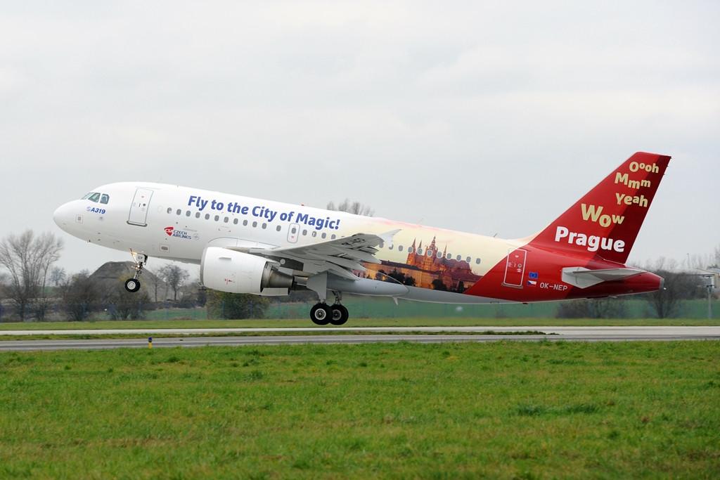 A cseh nemzeti légitársaság flottájában összesen 9 darab Airbus A319-es repül. (Fotó: Czech Airlines) | © AIRportal.hu