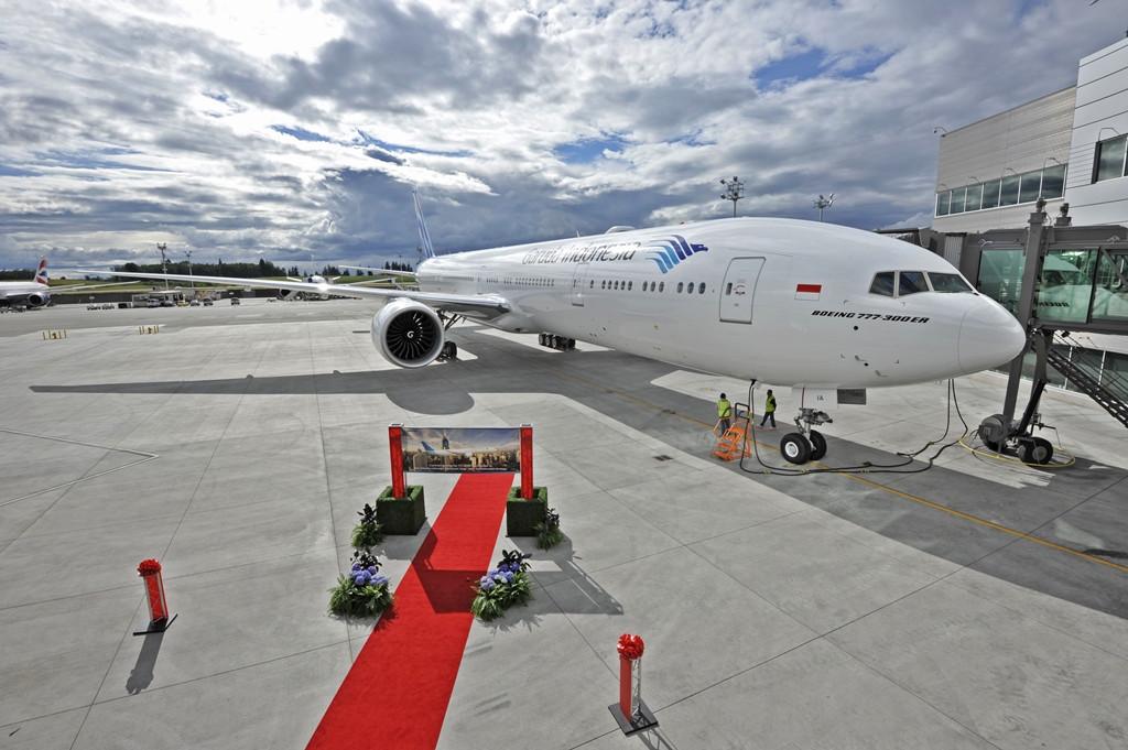 A Garuda Indonesia idén júliusban vette át a Boeingtől az első 777-300ER típusát, amelyből összesen tíz darabot rendelt. (Fotó: Boeing Company) | © AIRportal.hu