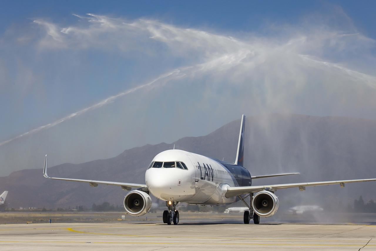 Így fogadták Chilében a flotta első A321-es Airbusát. (Fotó: Airbus) | © AIRportal.hu