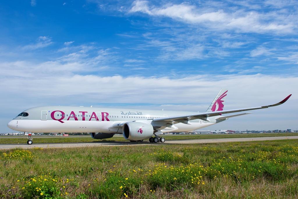 Úgy néz ki, jövő hét hétfőn már biztos átveszi az első A350-900-asát a Qatar Airways. (Fotó: Airbus) | © AIRportal.hu