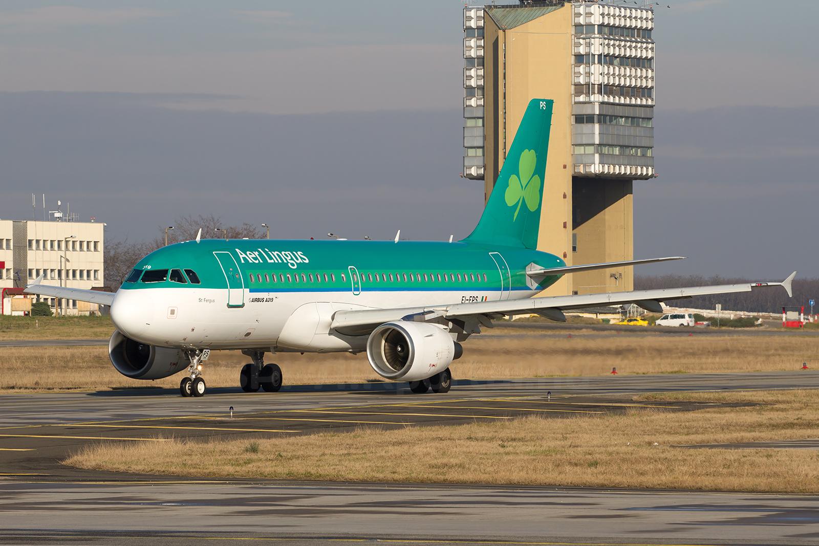 Az Aer Lingus egyik Airbus A319-es repülőgépe Ferihegyen. (Fotó: Ispán Tamás - AIRportal.hu)   © AIRportal.hu