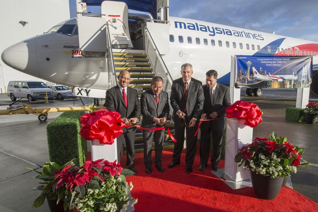 A Malaysia Airlines flottatörténetének századik Boeing 737-es gépe, egy Next Generation 800-as. (Fotó: Boeing Company) | © AIRportal.hu