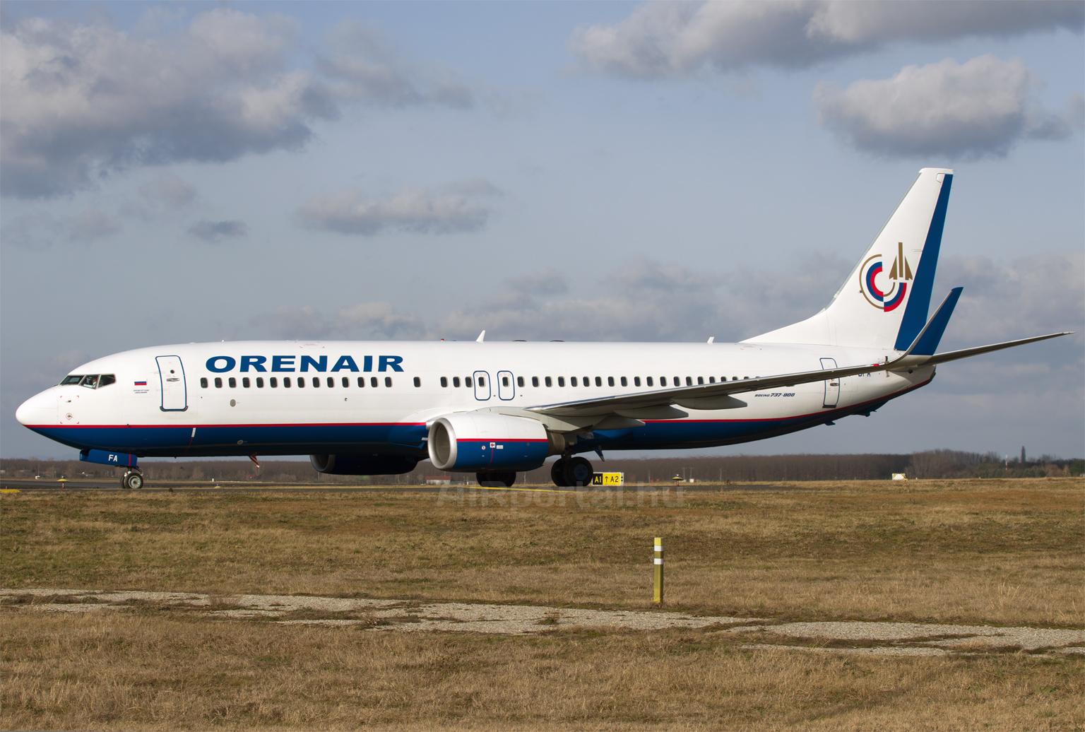 Az Oreanair gépei nem először fordulnak meg Ferihegyen, mivel az orosz cég a spanyol Air Europa cégtől lízingeli azokat, mely vállalat Budapesten szerelteti a Boeing 737-800-as típust. (Fotó: Szalmási Szabolcs - AIRportal.hu)   © AIRportal.hu