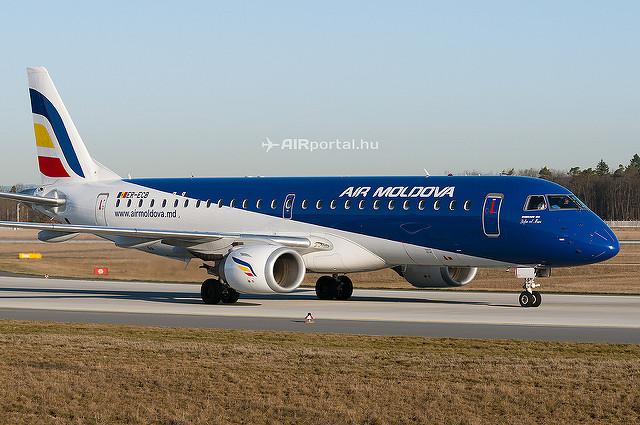 Az Air Moldova flottájában 2 darab E-190-es teljesít szolgálatot. (Fotó: Bodorics Tamás - AIRportal.hu) | © AIRportal.hu
