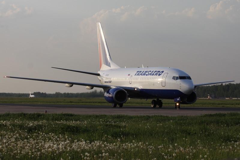 A Transaero-flotta EI-EUX lajstromú Boeing 737-700-asa (ex. HA-LOL) a szolgálatba állása után nem sokkal a Domogyedovói repülőtéren. (Fotó: Transaero Airlines) | © AIRportal.hu