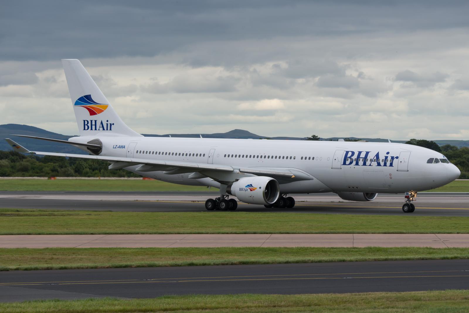 A BH Air egyetlen Airbus A330-200 típusú repülőgépének érkezése Manchesterbe. (Fotó: PRA Images - Flickr)   © AIRportal.hu