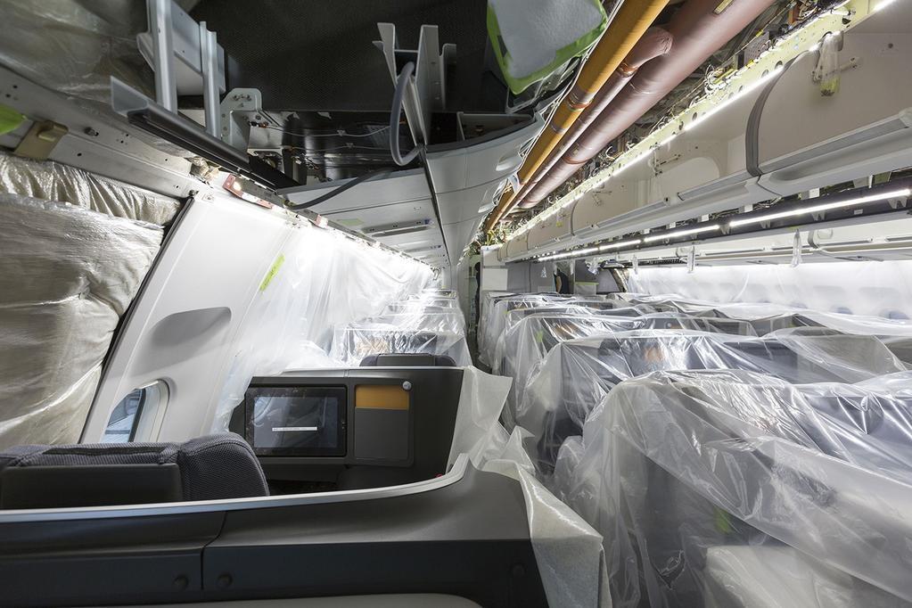 Fotó a készülőben lévő, felújítás alatt álló A330-300-as fedélzetéről. A képen a business osztály látható. (Fotó: SAS)   © AIRportal.hu