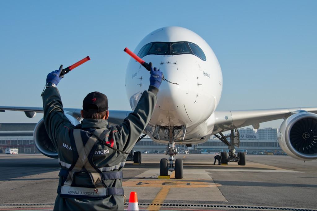A350-900XWB szöuli vendégségben. Az Asiana egyelőre kitart az A350-800-as mellett. (Fotó: Airbus) | © AIRportal.hu