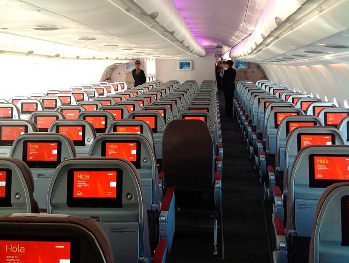 Az A330-300-as Economy osztálya. (Fotó: Iberia) | © AIRportal.hu