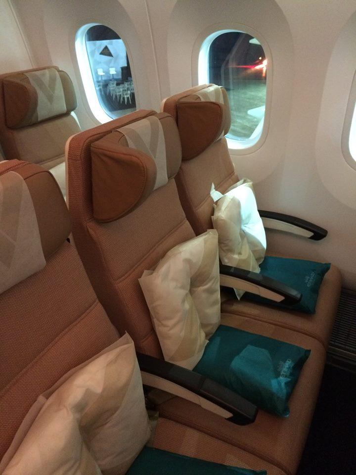 Az Economy Smart Seats. Jó látszik a képen, milyen nagyok a Dreamliner ablakai. (Fotó: Etihad Airways) | © AIRportal.hu