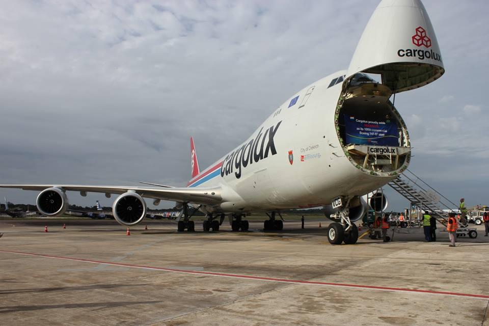 Rakodás közben Manausban az első Boeing 747-8F teljesítette Cargolux-járat. (Fotó: Cargolux) | © AIRportal.hu
