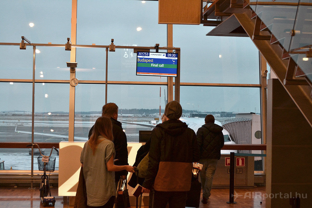 Final call. Így járhat az az utas, aki belemerül a Business Lounge adta kényelembe. | © AIRportal.hu