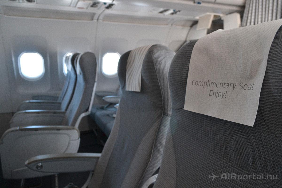 A Business Class ülések elrendezése megegyezik az Economy Class-szal, azonban a középső ülések nem kerülnek értékesítésre. | © AIRportal.hu