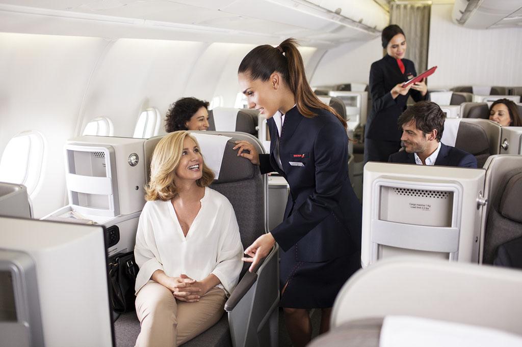 Az Iberia új üzleti osztálya szokásos 1-2-1 elrendezést követ. (Fotó: Iberia)   © AIRportal.hu