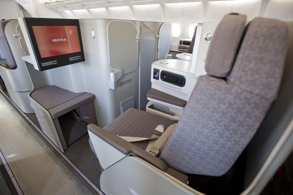 Ilyen az új Iberia BusinessPlus a flotta A330-300-as és A340-300-as típusain. (Fotó: Iberia)   © AIRportal.hu