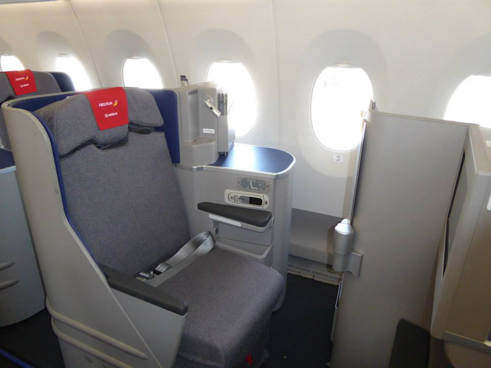 Az MSN2 prototípus business osztályú ülése. (Fotó: Iberia) | © AIRportal.hu