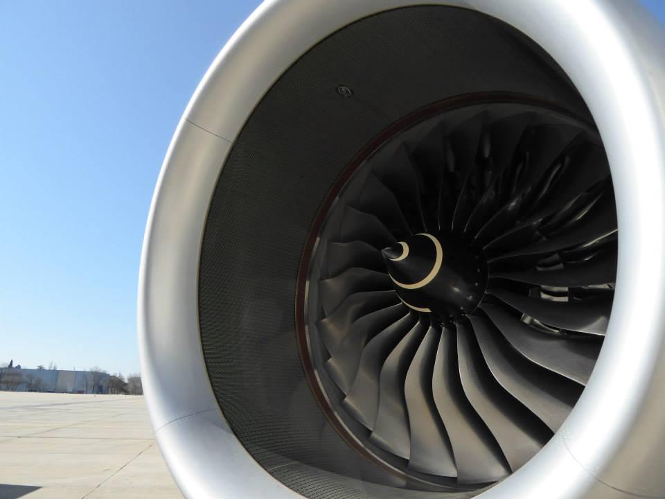 Rolls-Royce Trent XWB madridi napsütésben. (Fotó: Iberia) | © AIRportal.hu