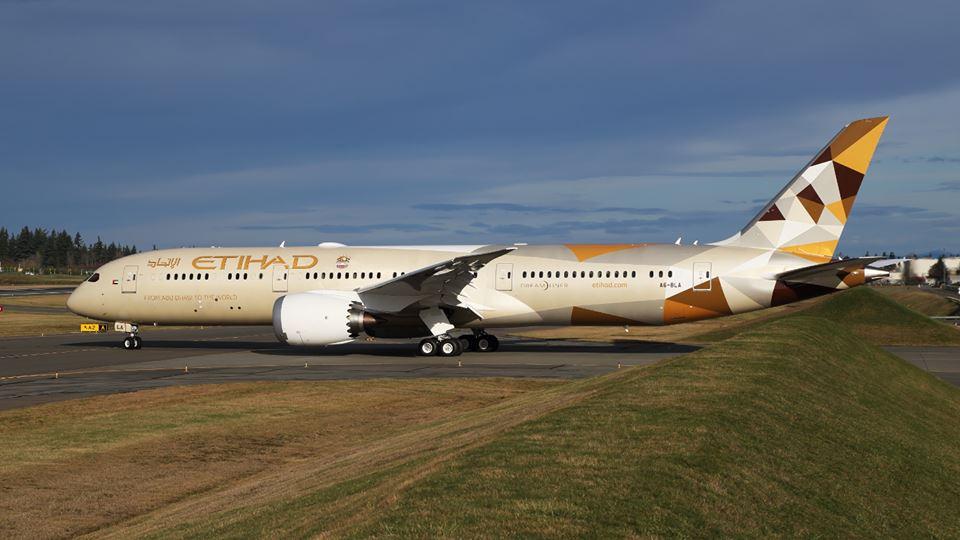 Az Etihad Airways eleve a hosszabb törzsű, 787-9-es Dreamlinert választotta. (Fotó: Etihad Airways) | © AIRportal.hu