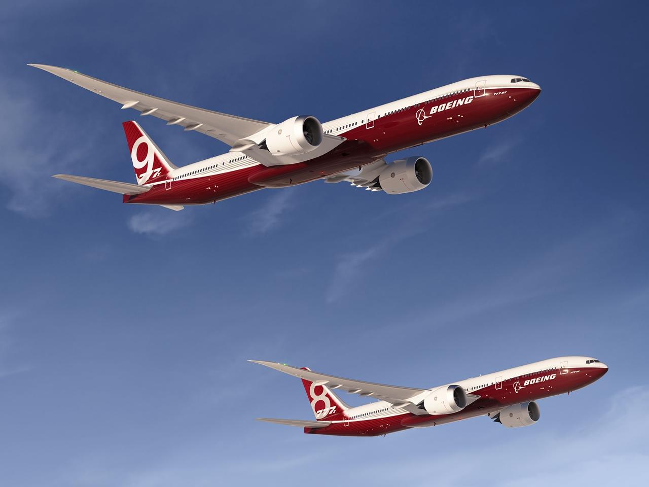A kétféle típusváltozatban elérhető 777X csak 2020 elejére várható. A Boeing addig sem szeretné, ha alább hagyna a típus gyártása. (Fotó: Boeing Company) | © AIRportal.hu