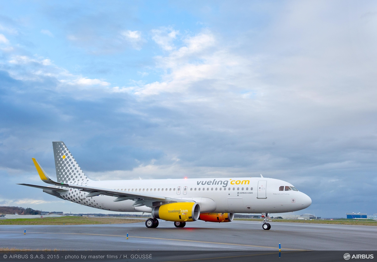 A 2004-ben alapított Vueling flottájában 5 darab A319-es mellett 85 darab A320-as teljesít szolgálatot. (Fotó: Airbus) | © AIRportal.hu