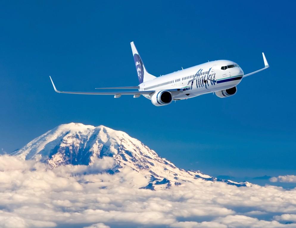 A legnagyobb 737-es, a 900ER változat az Alaska Airlines színeiben számítógépes grafikán. (Forrás: Boeing Company). | © AIRportal.hu