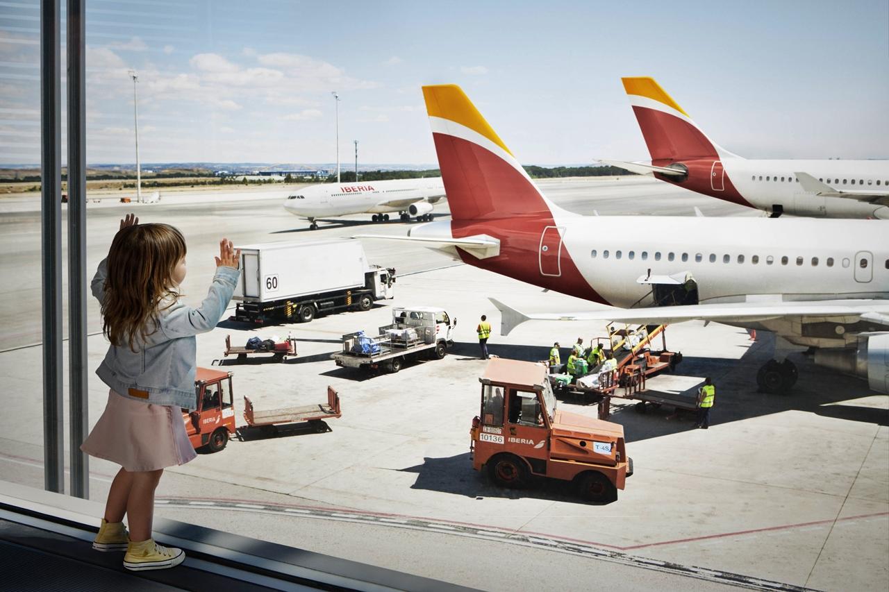 Az Iberia hosszú távú járatokat teljesítő flottája kizárólag Airbus szélestörzsűekből áll. A340-300/-600, valamint A330-300 típusokból. (Fotó: Iberia) | © AIRportal.hu