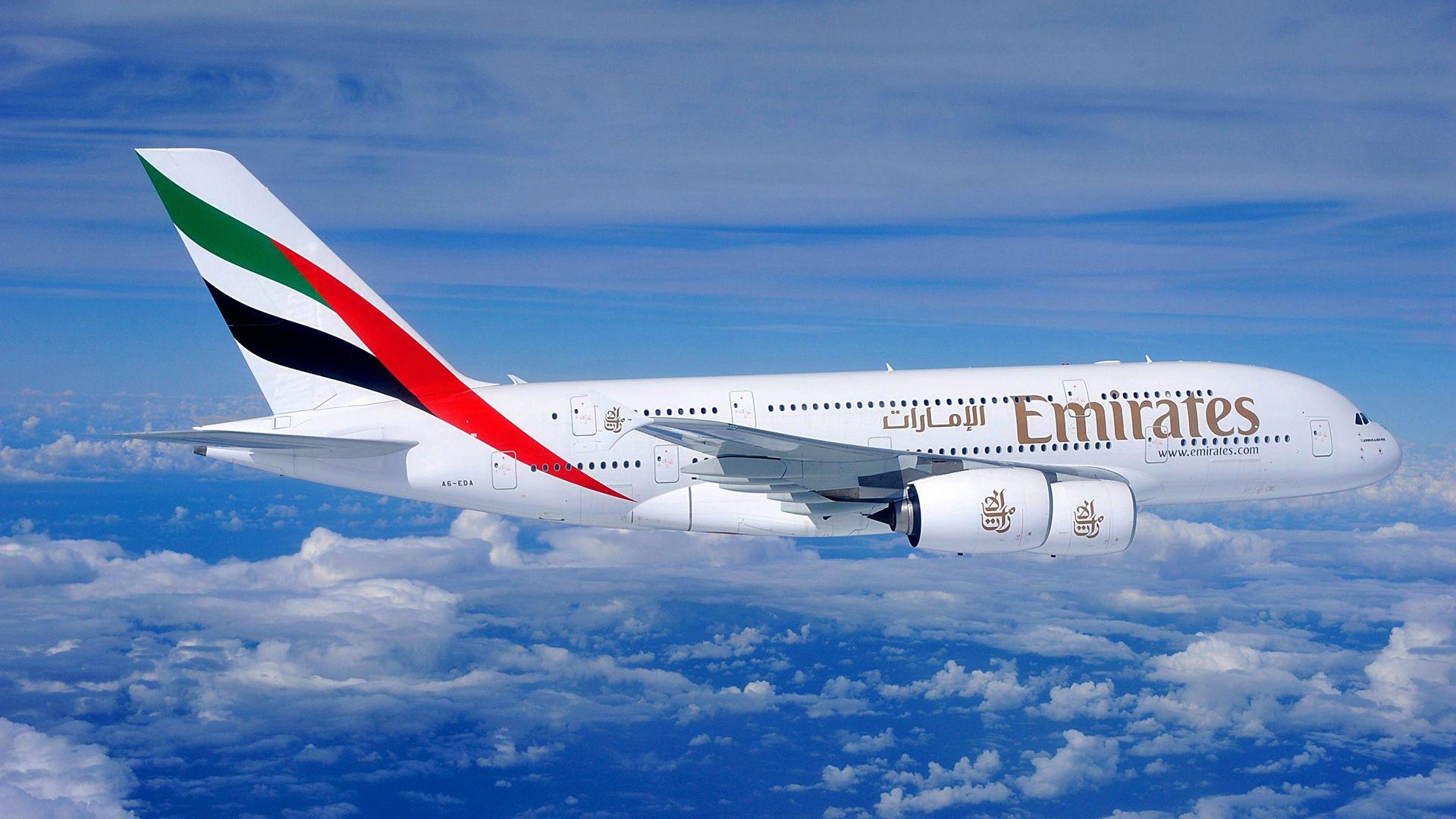 Emirates A380-800-as itt még Engine Alliance hajtóművekkel. (Fotó: Airbus) | © AIRportal.hu