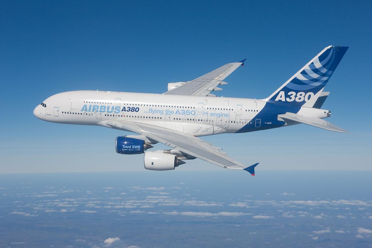 Az egyik A380-800-as prototípus az A350-es Rolls-Royce hajtóművének repülő próbapadjául is szolgált. (Fotó: Airbus)   © AIRportal.hu
