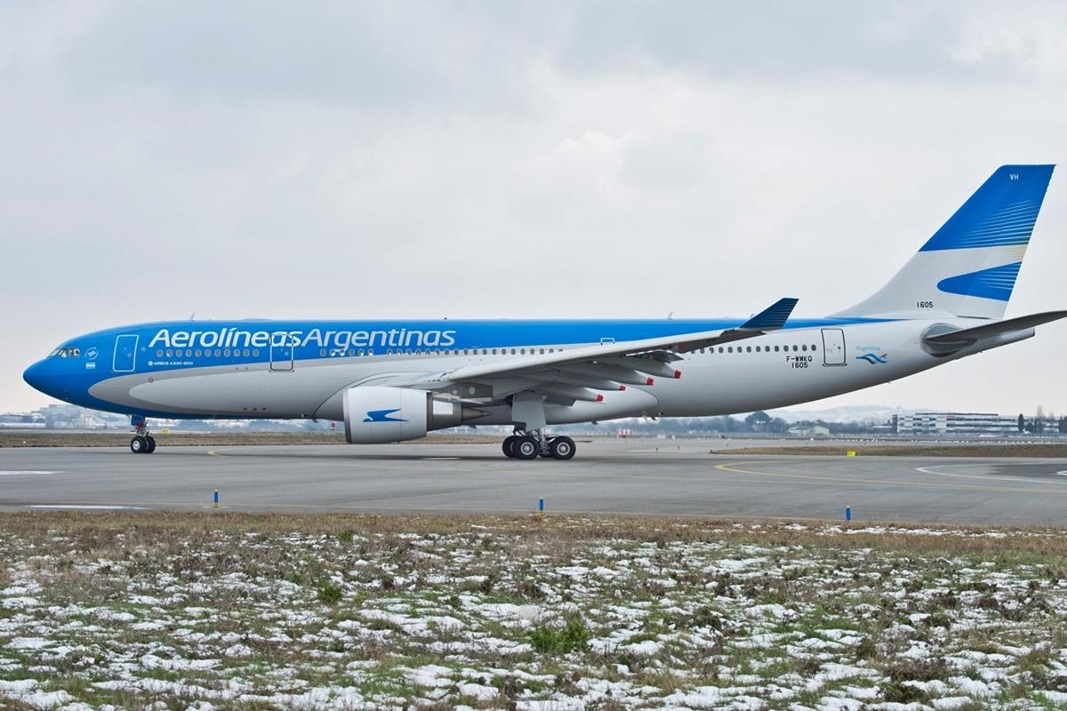 Az Aerolíneas Argentinas első közvetlen rendelésű A330-200-asa Toulouseban, idén februárban. (Fotó: Airbus)   © AIRportal.hu