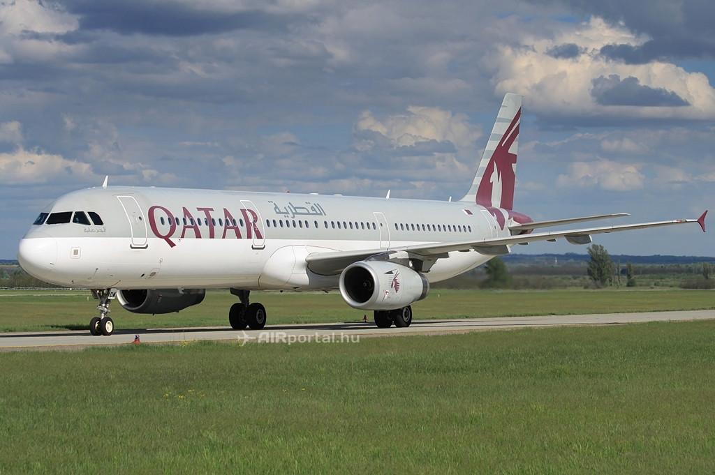 A Qatar-flotta egyik Airbus A321-es gépe Ferihegyen. Fotó: Csemniczky Kristóf - AIRportal.hu | © AIRportal.hu